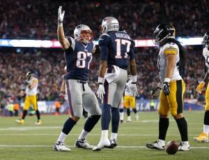 Aaron+Dobson+Pittsburgh+Steelers+v+New+England+n-cIaljPGuJl